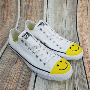 NEW! Converse White All Star Smiley Face Size 11